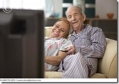 elderly_couple_watching_television_bld007793
